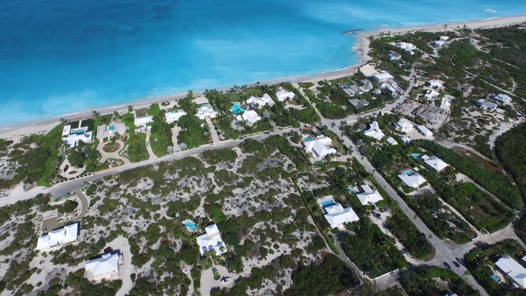 buying land in the turks and caicos property in the tci